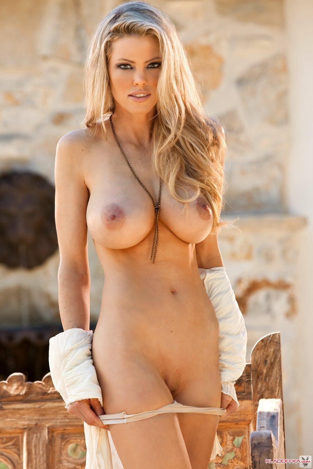 Naked big sexy moms