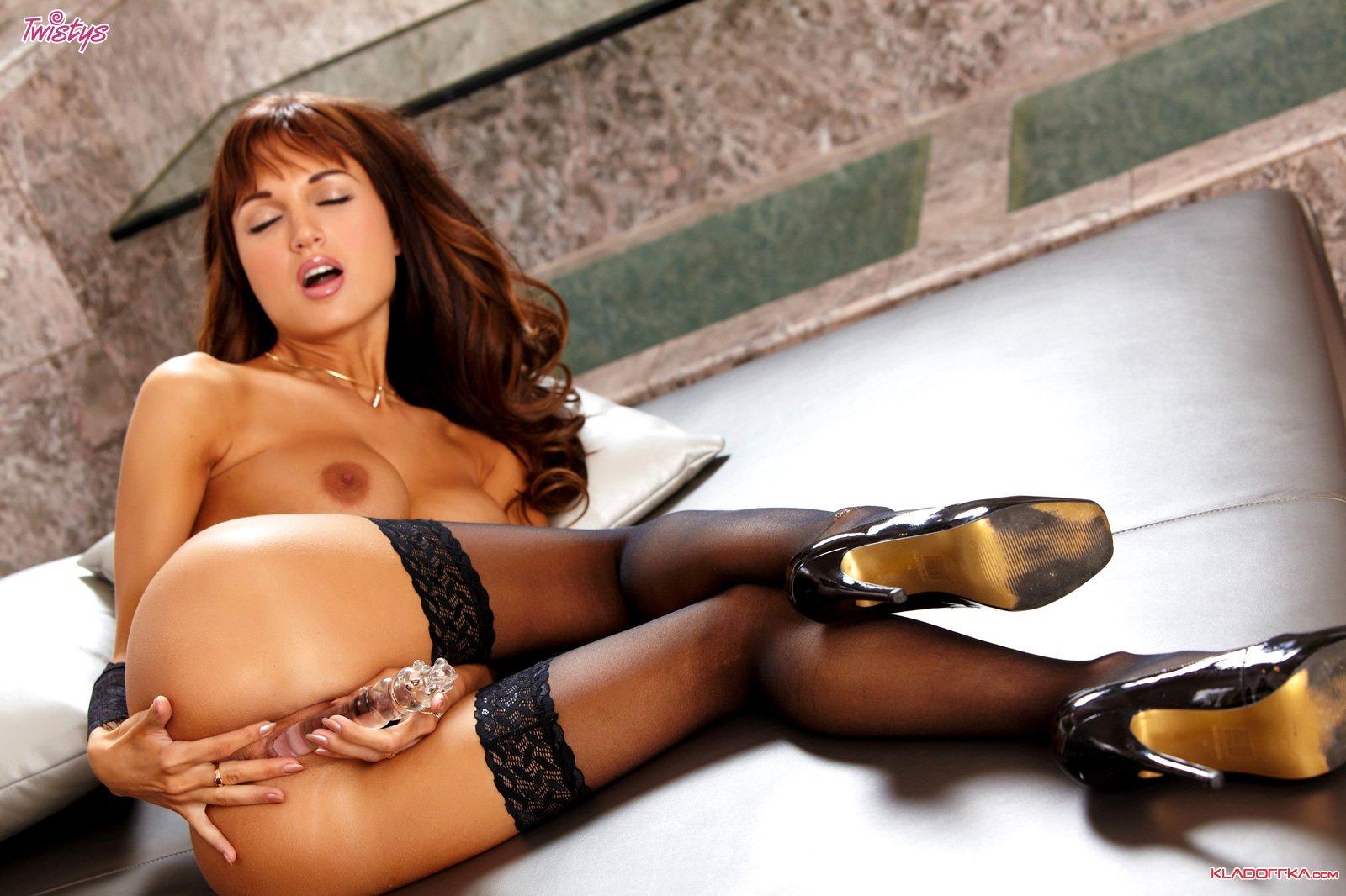 Смотреть онлайн порно с roxanne milana