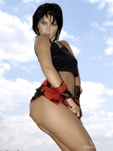 Русская красивая девушка Marketa Brymova на частных эротических фото