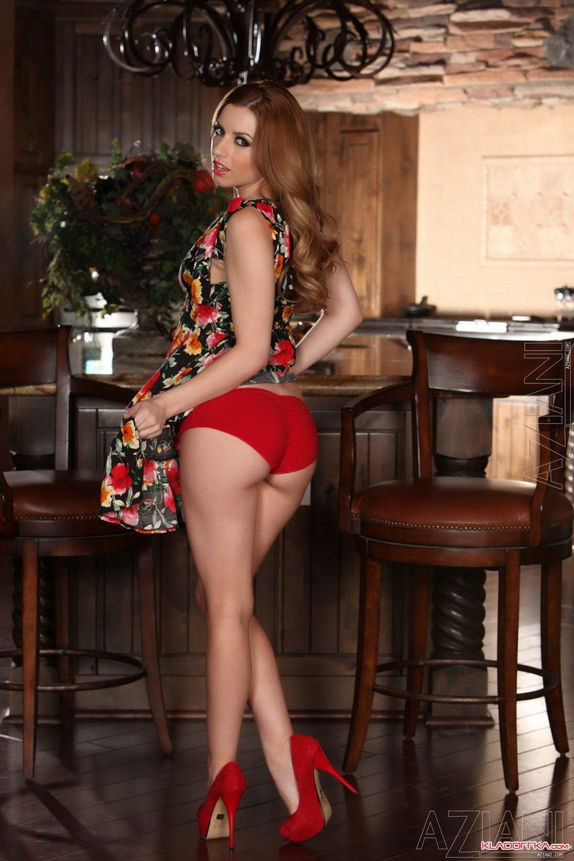 Голая порноактриса Alexa Belle смотреть онлайн 1 фото
