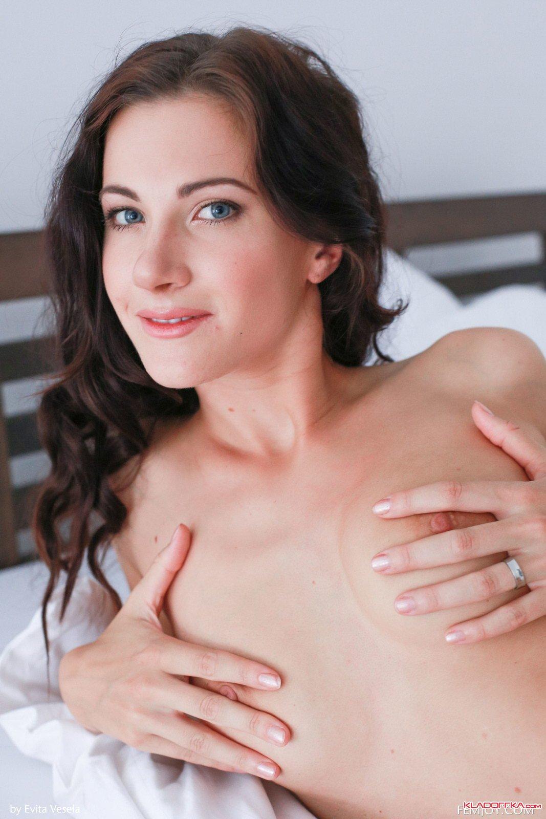 Maria Pie  Красивые эротические фото голые девушки