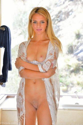 Katie Lynn